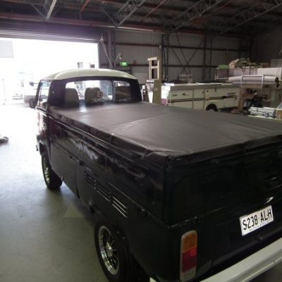 Custom Kombi Tonneau Cover
